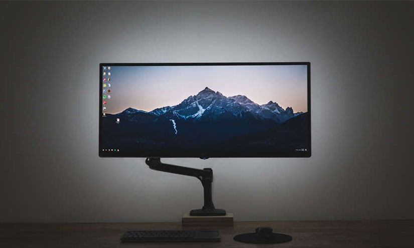 What is Backlight Bleed And How to Fix it on Monitor or TV
