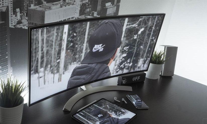 Curved vs Flat Ultrawide Monitor